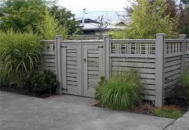 Garden Fence Paint White Color Garden Fence Paint And How To Apply It Garden Design Garden Design Garden Fence Paint