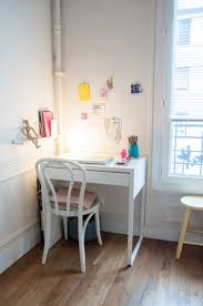 A Small 430-Square-Foot Paris Apartment Is Pretty Pastel Perfection | Desks  for small spaces, Study room decor, Home office design