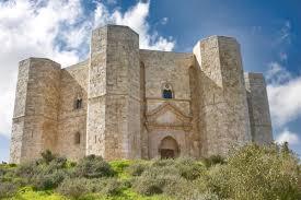 Andria, Castel del Monte nella top 30 dei monumenti più visitati d ...