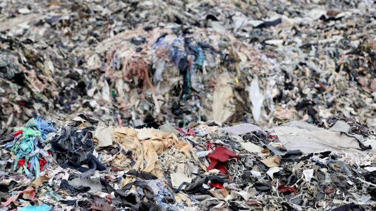 6 Cara Tepat Merawat dan Memilih Pakaian Supaya Ramah Lingkungan