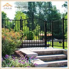 China Outdoor Durable Garden Residential Picket Fence Panel China Outdoor Fence Aluminum Fence