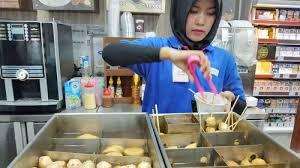 Kenalin Menu Wajib Penumpang KRL di Stasiun Ini - Tribun Jakarta