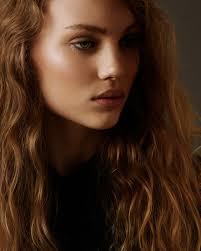 Nikki Hughes Hair & Make-up Artist