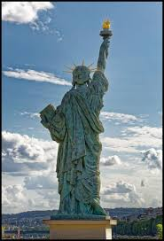 monument sculpture statue of liberty