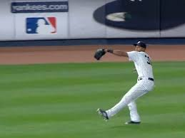 Aaron Hicks' fastball up to speed, just not his bat
