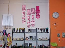 Put Up Your Vinyl Wall Art Wall Stickers Decal Mural 6 Steps Instructables