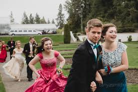 prom season is here tips for posing