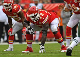 Texans signing Chiefs OL Zach Fulton, deal averages $7.5 million a year -  HoustonChronicle.com