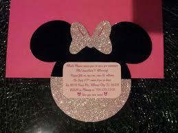 Invitacion Con Brillo De Minnie Mouse Con Imagenes Cumpleanos
