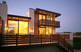 Modern Front Roof Railing Design