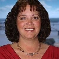 Wendi Bennett - Office manager - Truck Country | LinkedIn