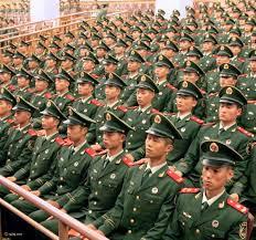 عرض عسكري مذهل لأفراد الجيش الصين رائج رائج