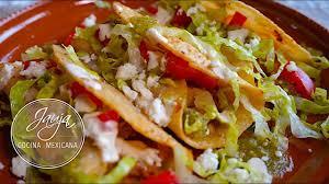 tacos dorados de papa con chorizo