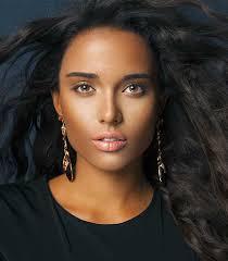 follow this makeup tips for dark hair