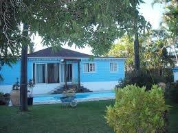 maison avec piscine et studios meublés