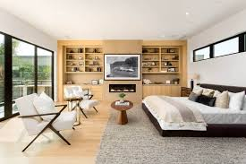 master bedrooms with built in shelves