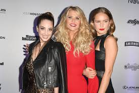 Alexa Ray Joel parties with Christie and Sailor Brinkley | Page Six