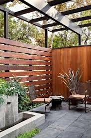 19 Stylish Horizontal Fence Ideas You Might Want To Copy Decortrendy