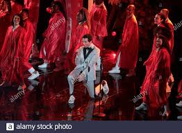 Mika performing live at Sanremo 2020 Stock Photo: 343053786 - Alamy