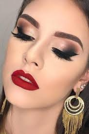 eye makeup red dress cat eye makeup