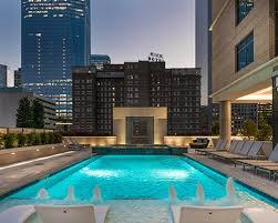 luxury downtown houston apartments
