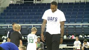 Former Lion, NBA Player Sonny Weems Helps With UAFS Skills Camp |  5newsonline.com
