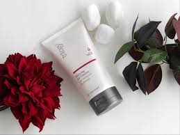 trilogy balancing gel cleanser review