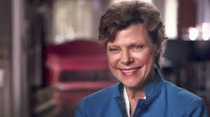 Wellesley Community Remembers Award-Winning Journalist Cokie Roberts '64 |  Spotlight | Wellesley College