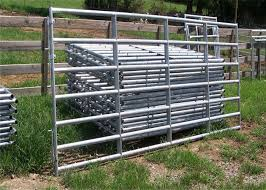 Inter Locking Galvanized Livestock Fence Panels With Caps Foot Plates