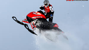 polaris snowmobile race team