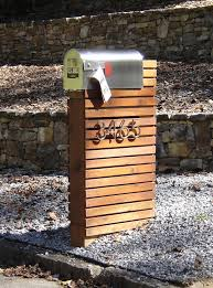 Mailbox Use Pallets Bold Numbers And Have Flowers Coming Out Front Landscaping Idea Modern Mailbox Cool Mailboxes Diy Mailbox