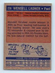 1972-73 Topps Wendell Ladner #226 on Kronozio