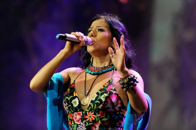 Lila Downs cantando en vivo