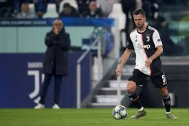 Maurizio Sarri hopes Miralem Pjanic stays at Juventus - Barca ...