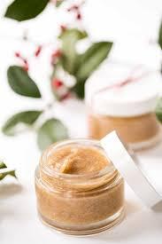 diy honey cinnamon face mask simply