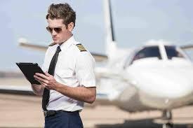 12 gift ideas for flight instructors