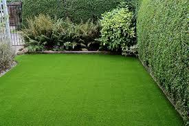 stylish but simple small garden ideas