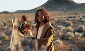 Rabbit Proof Fence Rewatching Classic Australian Films Film The Guardian