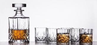 sauare shape glass whiskey decanter set