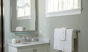 traditional home designs small bathroom
