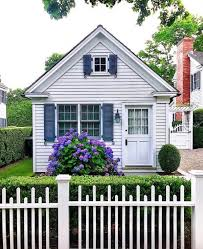 20 White Picket Fence Landscaping Ideas And Designs Cottage Exterior Cottage Design Country Cottage Decor