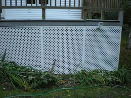 Clean Lattice And Fencing Can Use A Pressure Washer But You Don T Need One Krud Kutter Deck And Fence Pressure Washer Concentra Lattice Deck Fence Cleaning