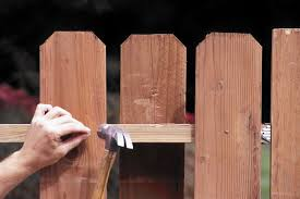 What To Do When Neighbor S Fence Crosses Your Property Line Chicago Tribune