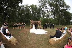 Pin by Adriana Howard on Wedding Planner's Work | Hay bale wedding, Pond  wedding, Backyard wedding