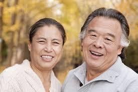7 tips to whiten dentures