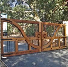 Pin By Suzman Design Associates On Elements Of The Garden Walls Fences Gateways Entrance Gates Driveway Driveway Gate Entrance Gates