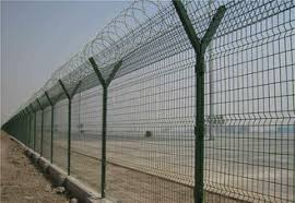 Barbed Welded Wire Mesh Fence Panels Size Customized Y Post Fence For Industry