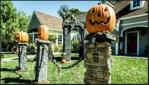 Cemetery Fence Making It With Chains And Posts Halloween Forum