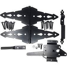 Amazon Com Wood Gate Hardware Set Heavy Duty Kit For Fence Swing Gate Outdoor Decorative Black Finish W 8 Strap Hinges And Spring Loaded Latch Home Improvement