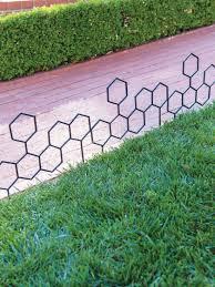 Honeycomb Garden Border Fence Set Of 3 Gardener S Supply In 2020 Garden Borders Garden Edging Garden Edger
